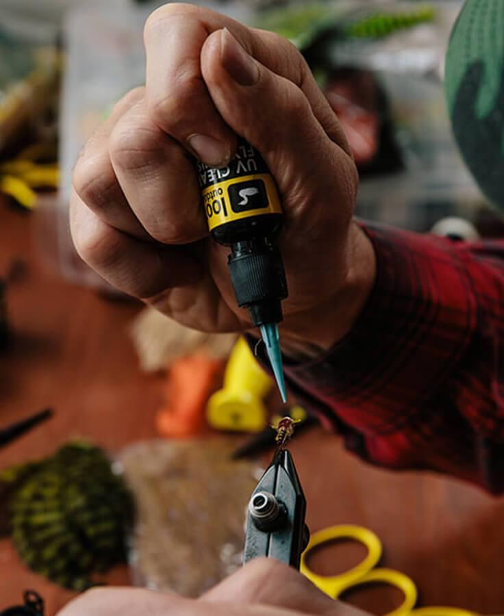 LOON OUTDOORS - pryskyřice, baterky
